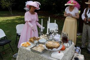 Click to view album: 2010 Picnic in the Park